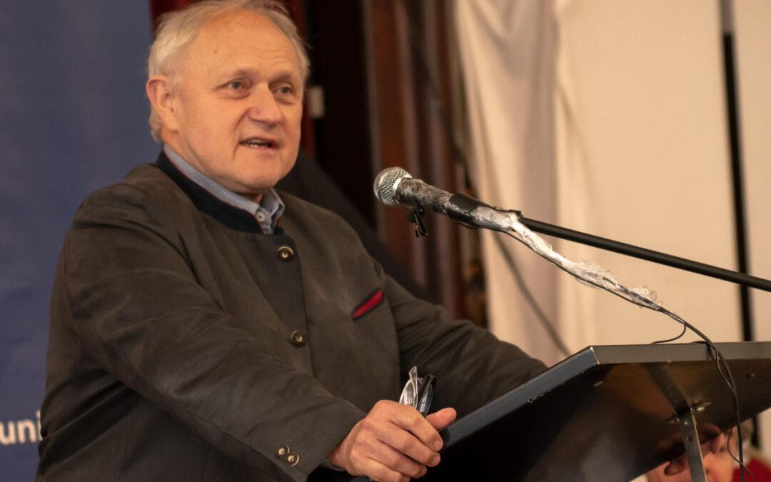 Josef Kraus spricht bei der WerteUnion in Stuttgart